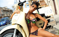 Beatrice Chirita in a swimsuit and on a bike wallpaper 2880x1800 jpg