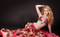 Blonde belly dancer wallpaper 3840x2160 jpg