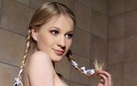Cute blonde wallpaper 3840x2160 jpg
