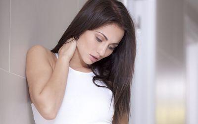 Cute model looking down wallpaper