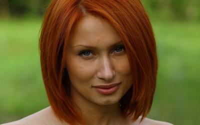 Cute redhead [3] wallpaper