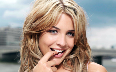 Gemma Atkinson [10] wallpaper