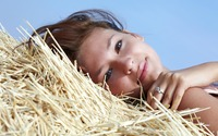 Girl in hay wallpaper 2560x1600 jpg