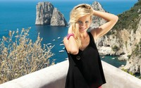 Luisana Lopilato on a terrace on the ocean side wallpaper 1920x1080 jpg