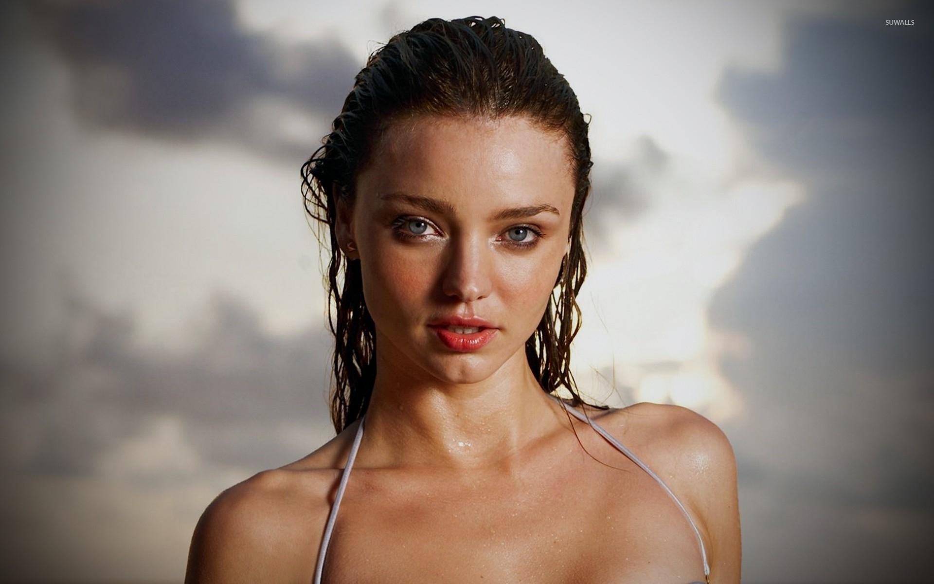 Wallpaper beach kerr miranda Miranda Kerr