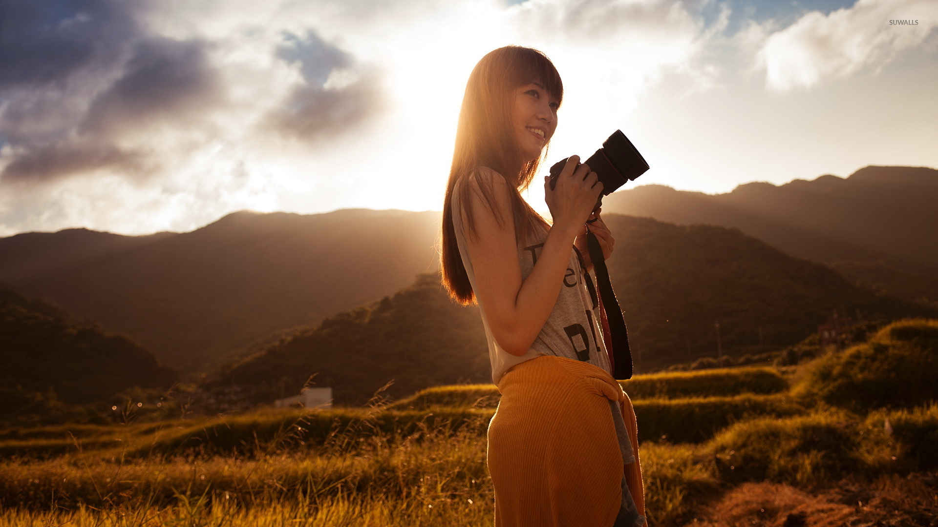Smiling Girl Taking Pictures Wallpaper Girl Wallpapers