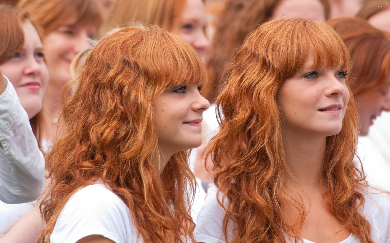 Twin redheads wallpaper - Girl