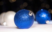 Blue sparkly baubles wallpaper 3840x2160 jpg