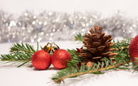 Cone and red baubles on a fir branch wallpaper 2880x1800 jpg