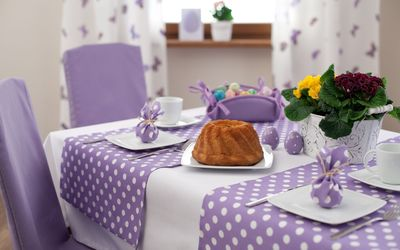 Easter table wallpaper