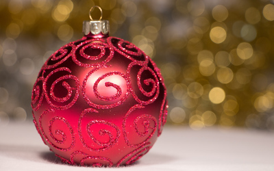 Elegant Christmas bauble wallpaper