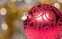 Elegant red bauble wallpaper 3840x2160 jpg