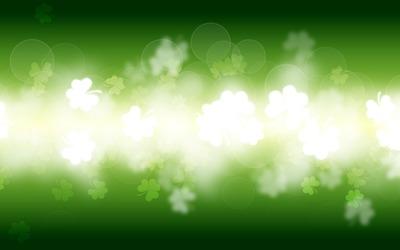 Glowing clovers wallpaper