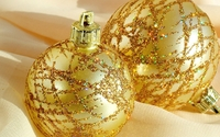 Golden baubles on a scarf wallpaper 1920x1080 jpg