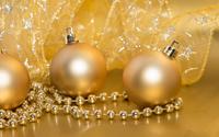 Golden Christmas decorations wallpaper 3840x2160 jpg