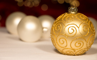 Golden sparkly bauble and white baubles wallpaper 2880x1800 jpg