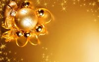 Lights reflecting in the golden Christmas decorations wallpaper 2560x1600 jpg