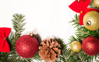 Ornaments on a fir branch wallpaper 3840x2160 jpg