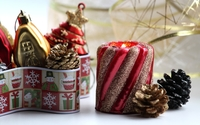 Red sparkly candle by the Christmas decorations wallpaper 2560x1600 jpg