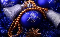 Silver snowflake on the blue bauble wallpaper 1920x1200 jpg