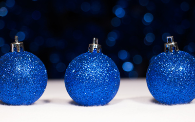 Three blue baubles wallpaper