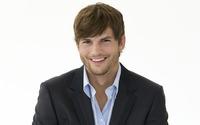 Ashton Kutcher [2] wallpaper 2560x1600 jpg