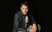 Clive Owen [2] wallpaper 2560x1600 jpg