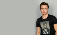 Ed Westwick wallpaper 2560x1600 jpg
