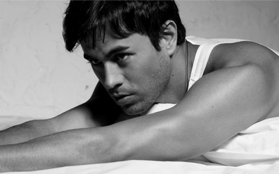 Enrique Iglesias [8] wallpaper