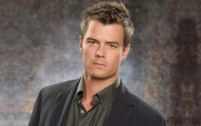 Josh Duhamel wallpaper