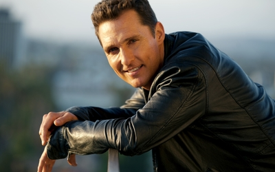 Matthew McConaughey in a black leather jacket wallpaper