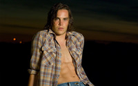 Taylor Kitsch wallpaper 2560x1600 jpg