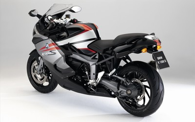Back side view of a BMW K1300S Wallpaper