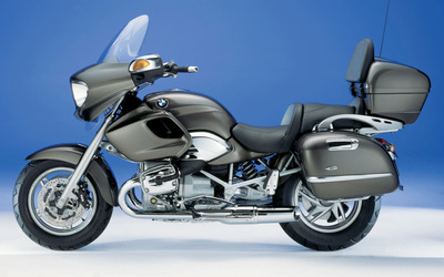 Black BMW R1200C side view wallpaper