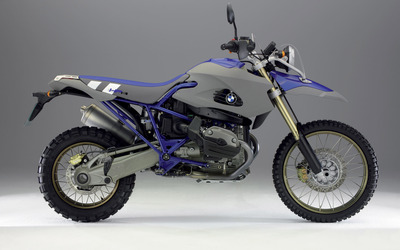 BMW HP2 Enduro side view wallpaper