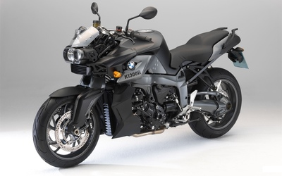 Black BMW K1300R wallpaper