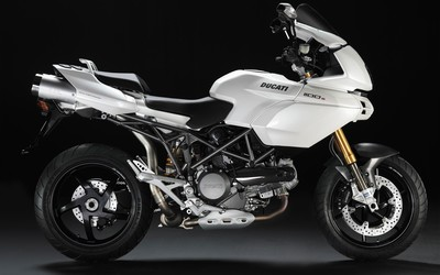 Ducati Multistrada 1100S wallpaper