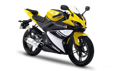 Front side view of a Yamaha YZF-R125 wallpaper
