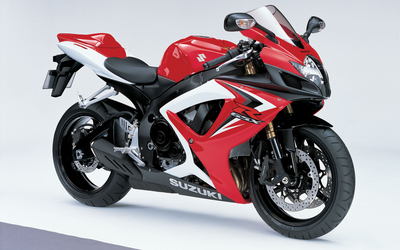 Front view of a red Suzuki GSX-R600 wallpaper