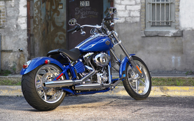 Harley Davidson FXCWC Rocker C Softail wallpaper