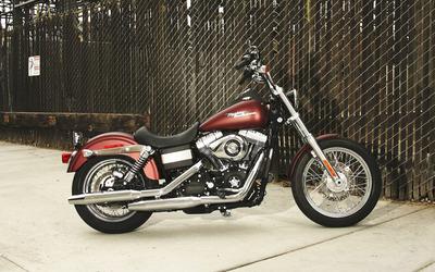 Harley Davidson FXDB Dyna Street Bob wallpaper