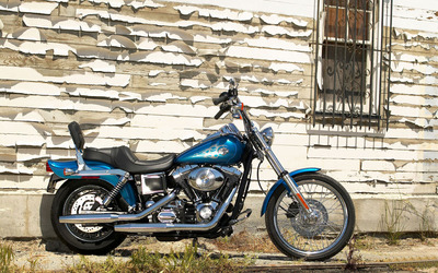 Harley Davidson FXDCI Dyna wallpaper