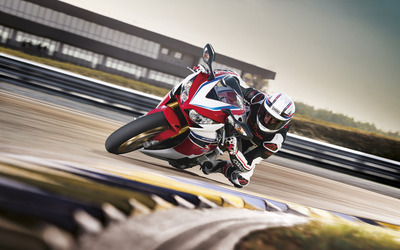Honda CBR1000RR [7] wallpaper