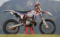 KTM 250 EXC side view wallpaper 2560x1600 jpg