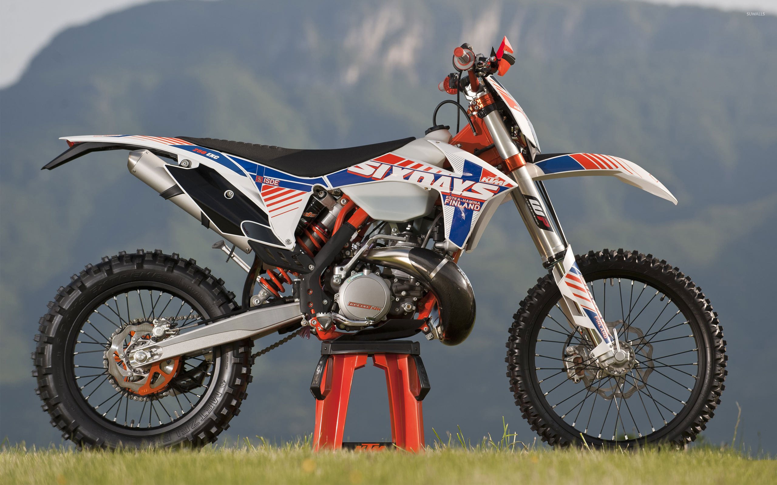 Ktm 250 Exc Side View Wallpaper Motorcycle Wallpapers 54373