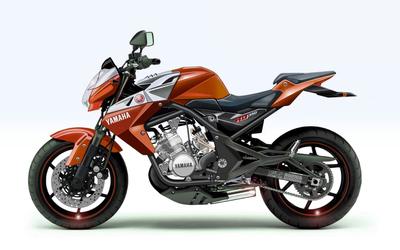 Orange Yamaha RD350 wallpaper