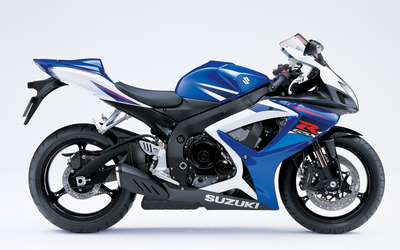 Side view of a Suzuki GSX-R750 wallpaper