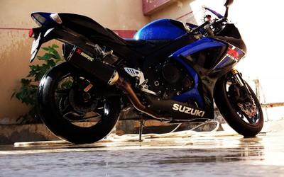 Suzuki GSX-R600 [3] wallpaper