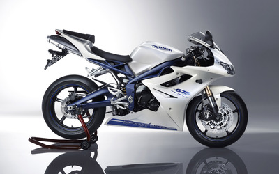 Triumph Daytona 675 [2] wallpaper