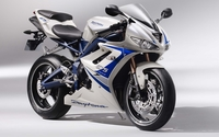 Triumph Daytona 675 [5] wallpaper 2560x1600 jpg
